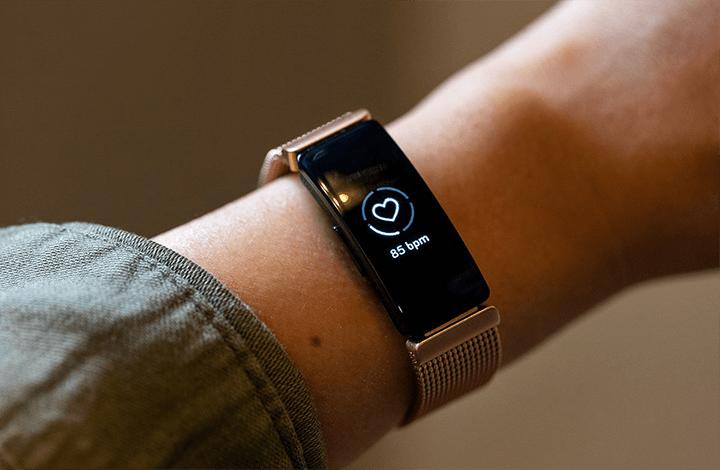 Best Fitbit for Women 2020